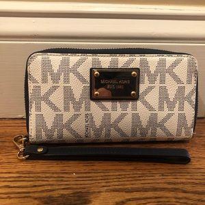 Michael Kors - White and Blue logo wallet/wristlet